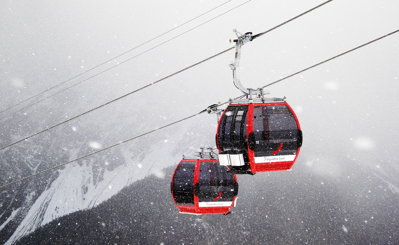 Cable cars work well in the snow